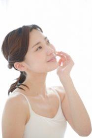 口周りのムダ毛が濃くなったヒゲ女!女性ホルモン減少が原因?