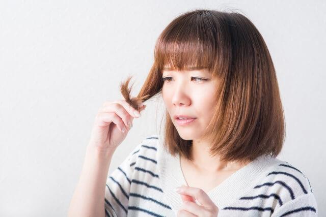 髪の切れ毛