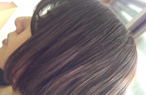 女性髪の毛